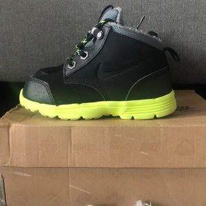 Nike DF (ACG) Jack Boot size 8c